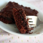 chocolate sheet cake bite