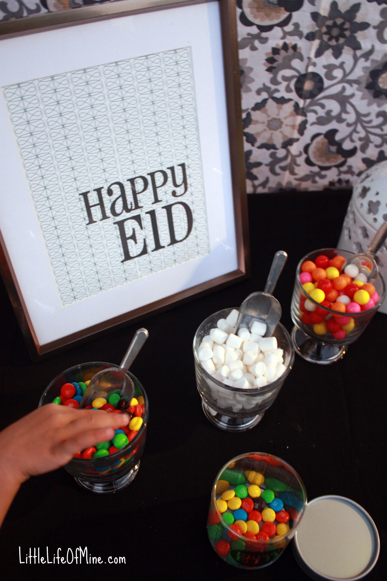 Celebrate in Style With Modern Eid Decorations - littlelifeofmine.com
