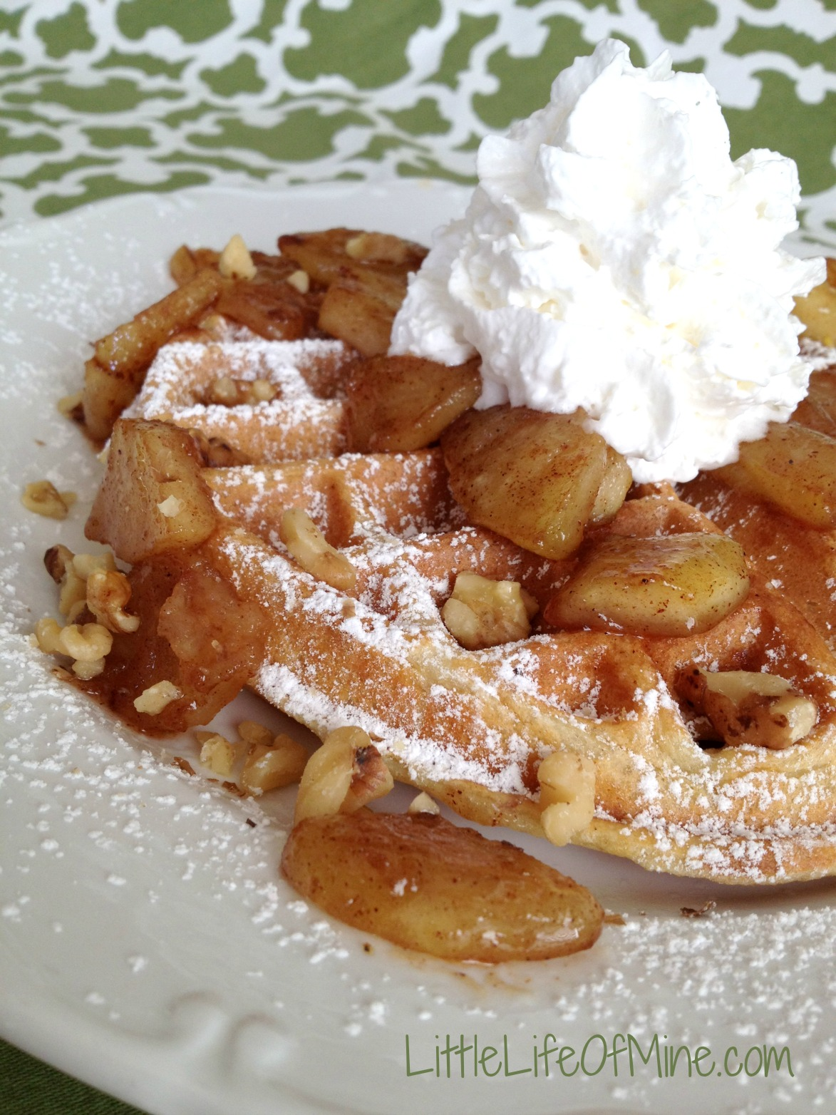 apple pie waffles 2